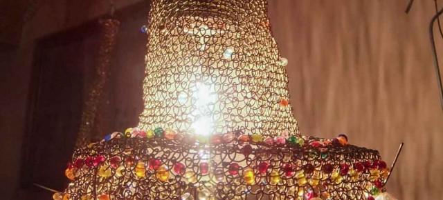 OLA lampa upleciona z drutu mosiężnego + kryształki